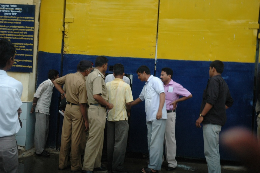 Vikram Coming out of Nagpur Jail