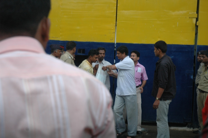 Cops approaching Vikram